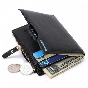Тернополянка поцупила в магазині чужий гаманець