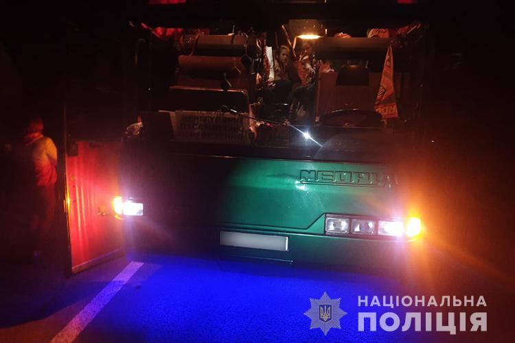 У ДТП на Тернопільщині потрапив автобус з дітьми та їх батьками