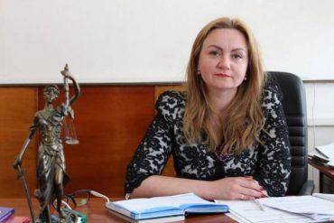 Хто встановив апаратуру для прослуховування в кабінеті голови голови Гусятинського районного суду досі невідомо