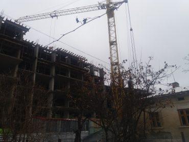 Найбільший треш Тернополя: як залякують мешканців Білогірської, які борються з незаконним будівництвом