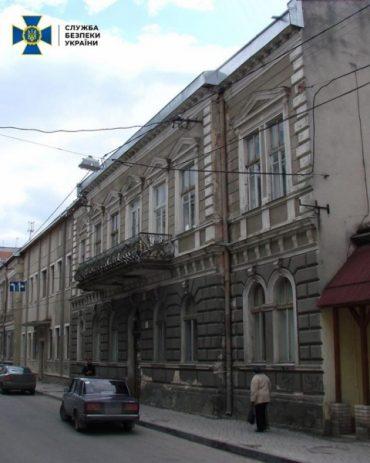 У Тернополі керівництво міської ради впіймали на незаконній приватизації колишньої залізничної лікарні