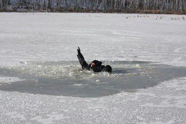На тернопільському ставі провалився під лід 27-річний хлопець
