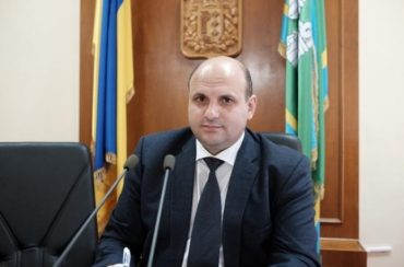 Голова Чернівецької облради попався на хабарі у 400 тисяч доларів