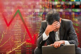 Коронавірус завдав удару по фінансову серцю світу: Лондонська фондова біржа пережила рекордне з 2008 року падіння