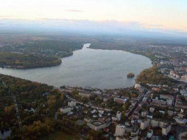 До суду скерована справа шахрая, що кілька разів продав одну і ту ж ділянку землі над Тернопільським ставом