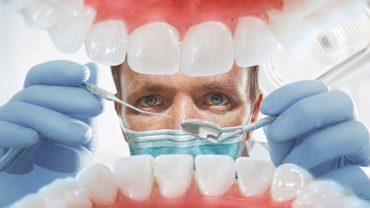 У Тернополі захворів на COVID-19 стоматолог, а в лікарні помер 68-річний чоловік з Монастирищини
