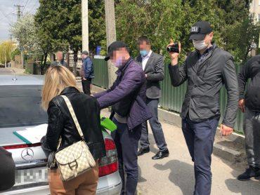 У Тернополі СБУ викрила на хабарі посадовця Держгеокадастру