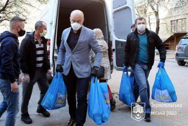 Мер Тернополя Сергій Надал боїться питань від журналістів