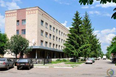 Головна медична сестра центральної районної лікарні повісилась через неготовність приймати хворих на коронавірус