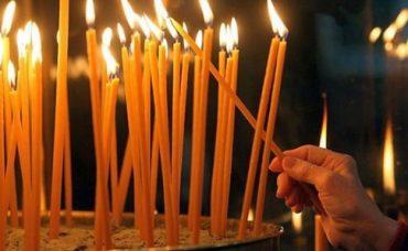 Жінка, яка продавала у церкві свічки, заразила парафіян Covid-19: усе село закрили