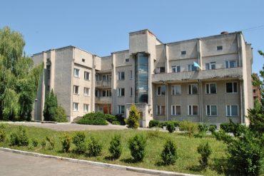У Тернополі виявили ще трьох хворих на коронавірус, а в Почаєві – 33