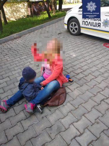 37-річна тернополянка-наркоманка на вулиці Лесі Українки не змогла дійти до дому з дитиною