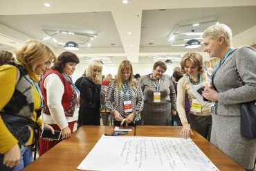 Учні шкіл Тернопільської області навчатимуться розрізняти маніпуляції та фейки в медіа