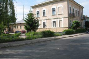 Монастириська центральна районна лікарня з порушенням замовила ліків на майже 160 тисяч гривень